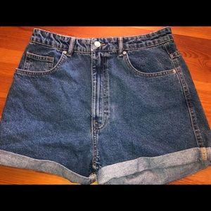 Zara AUTHENTIC DENIM MOM FIT SHORTS size: 8 (29)